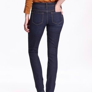 Old Navy Jeans - Dark Wash Mid-Rise Skinny Jeans